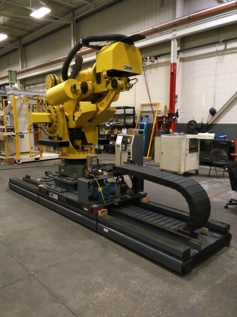 Robot on track